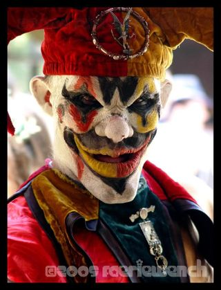 Scary_Clown_by_FaerieWench