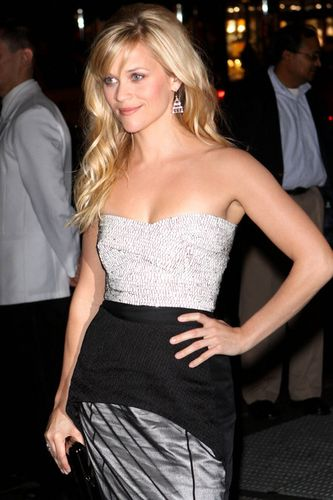 Gallery_main-1130_reese_witherspoon_04