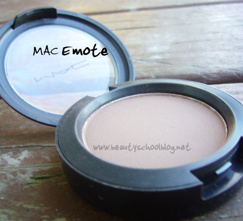 Mac emote pan