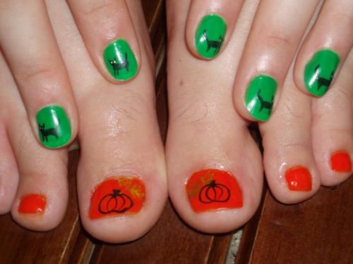 Round_the_world.1192607640.my-halloween-manicure