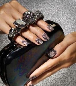 Lace-nails-elle-barielle-265x300