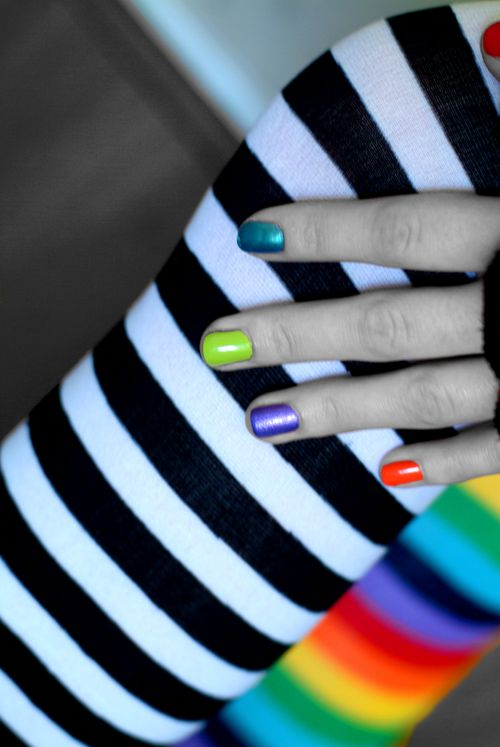 Skittle_Nails_by_BiG_fake_SMiLE