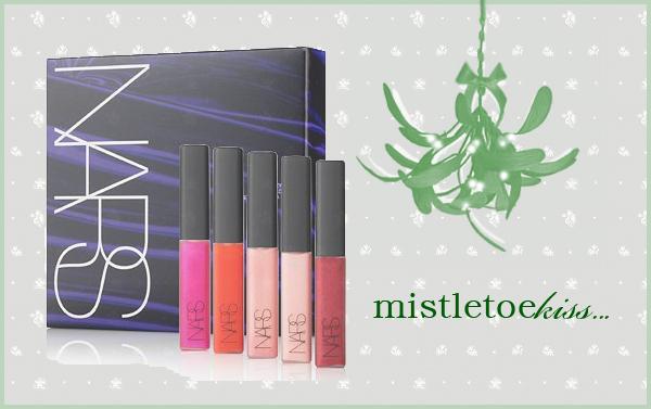 Mistletoekiss.Gift Guide