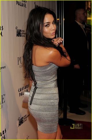 Vanessa-hudgens-pure-birthday-bash-05