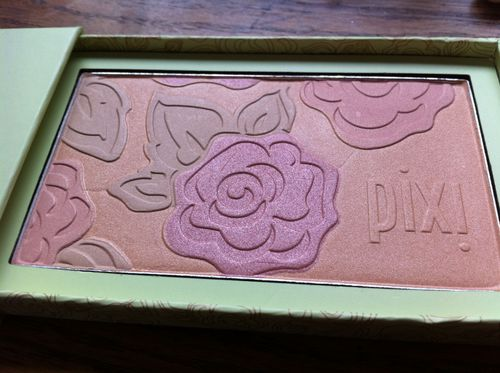 Pixi lumi luxe radiance powder no 1 peach petal a