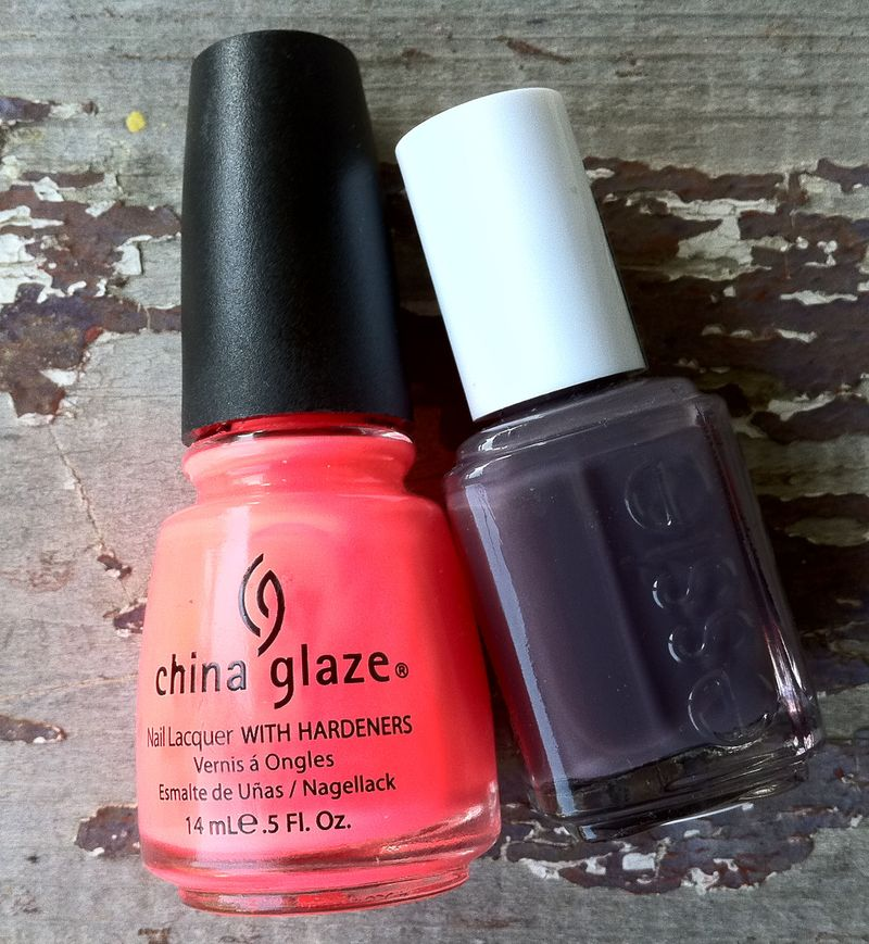 Essie Smokin Hot and China Glaze Flip Flop Fantasy b