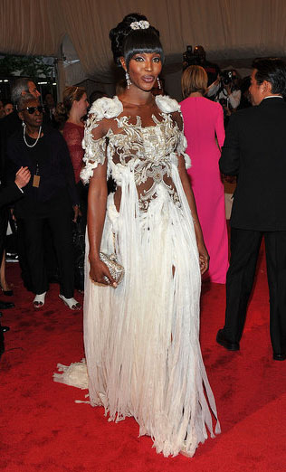 Naomi-campbell-met-ball-2011