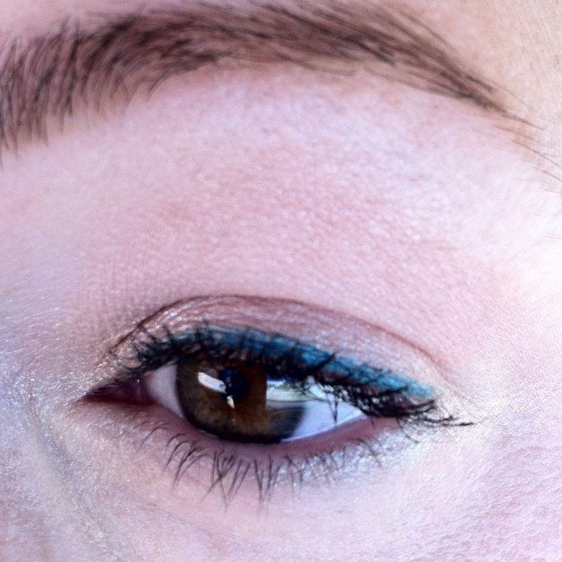 Summer-makeup-look-bobbi-brown-bronzed-pink-shadow-urban-decay-flipside-24-7-eyeliner